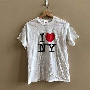 I love MY tourist t shirt white with red heart